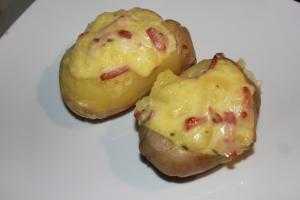 Pommes de terre farcies à la cancoillotte