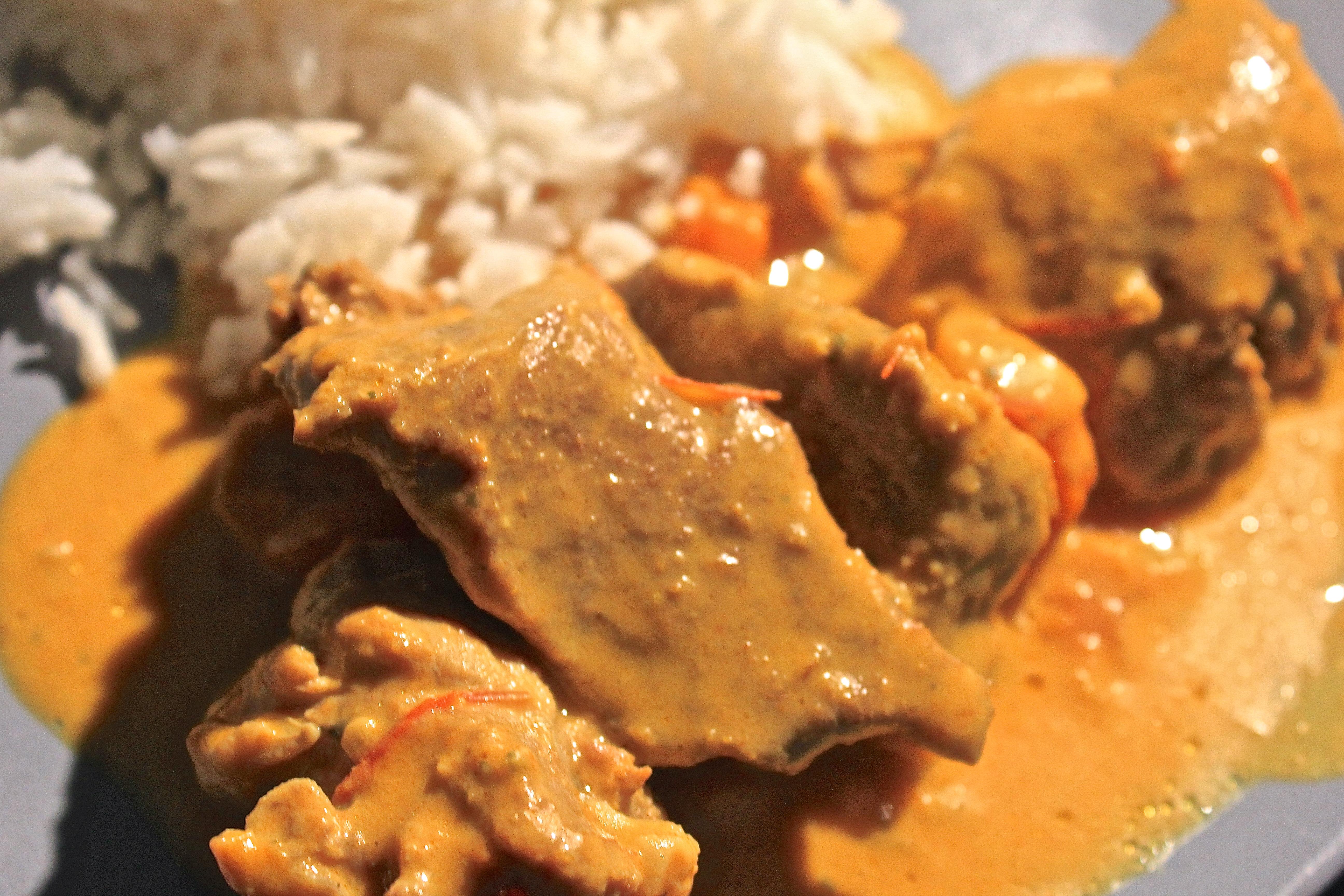 Saut de porc au curry anne o fourneaux - Cuisiner le saute de porc ...