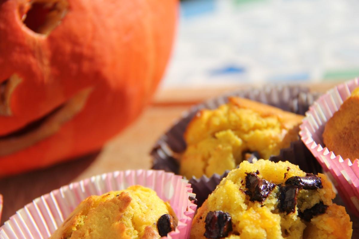 Recette d'HALLOWEEN : muffins sucrés au potiron et pépites de chocolat