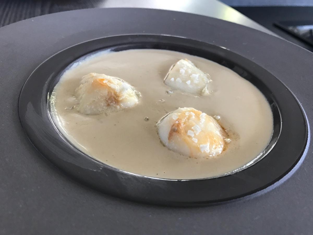 Crème de champignons aux Saint-Jacques (THERMOMIX)